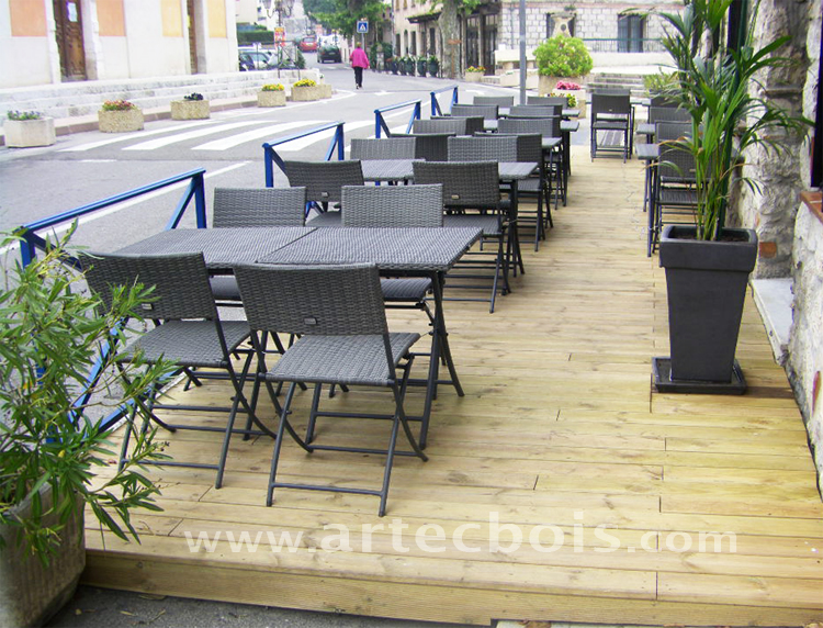 Artecbois terrasses en bois pos es platelages et for Amenagement terrasse restaurant